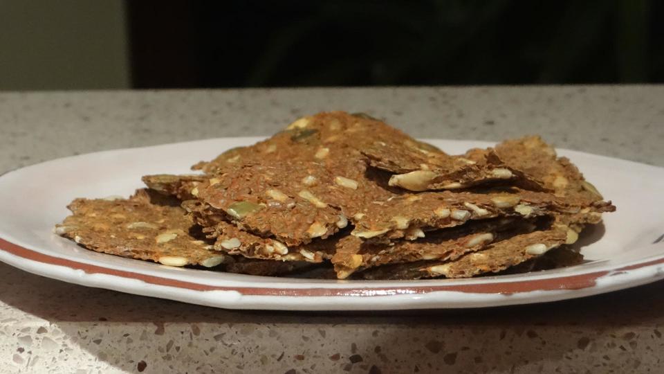 hot-sauce-crackers