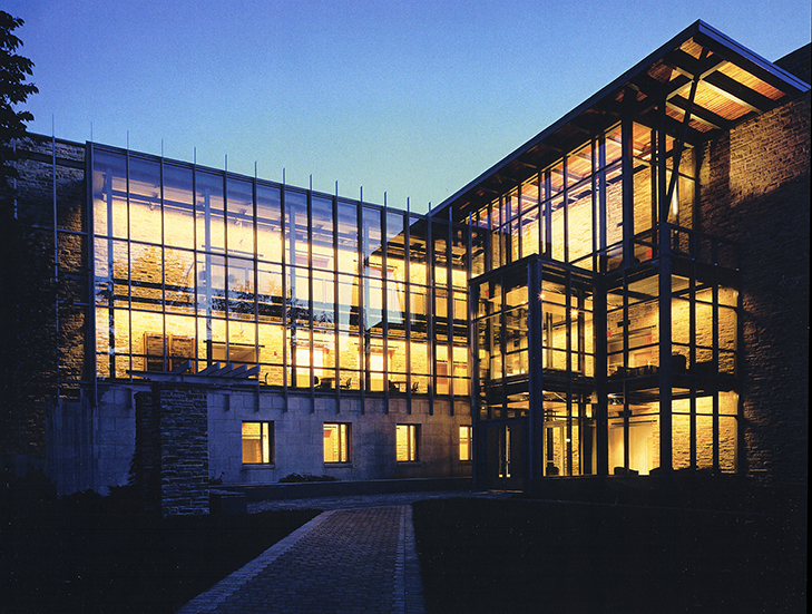 Knott/Donnelly Science Center