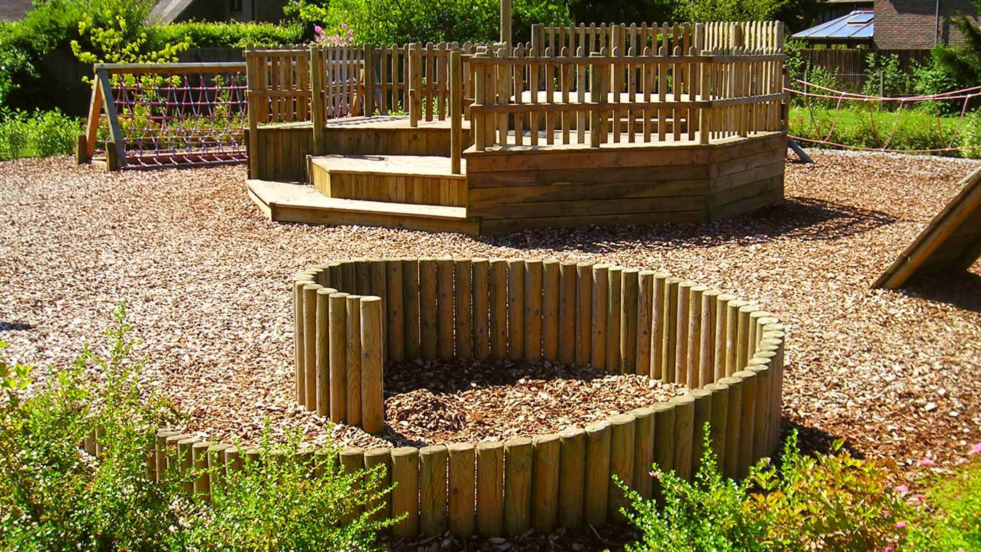 winchester-garden-designer-play-area-1