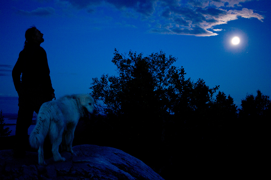 Andrea ja kuu.jpg