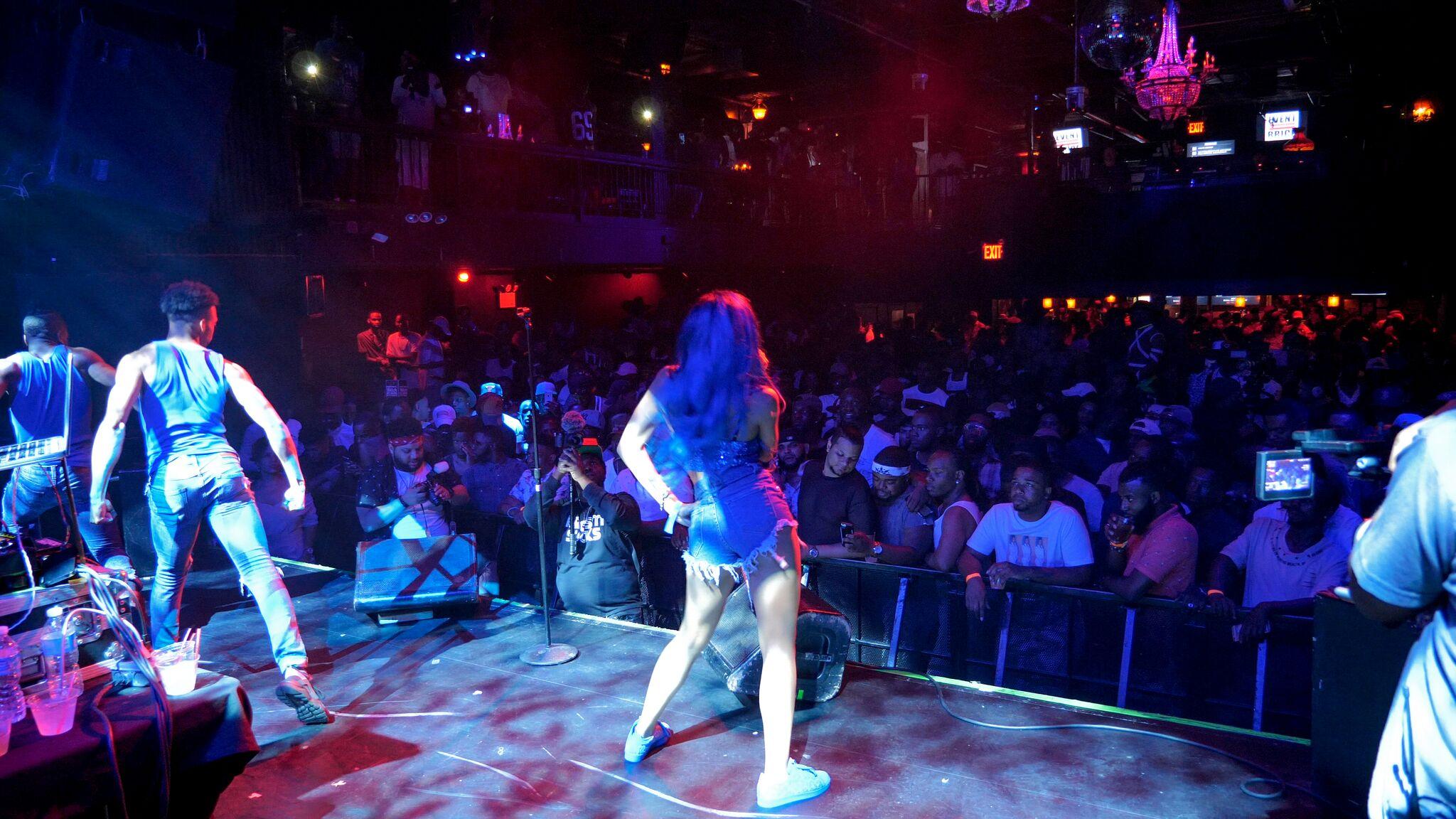 NY-Performance.jpg