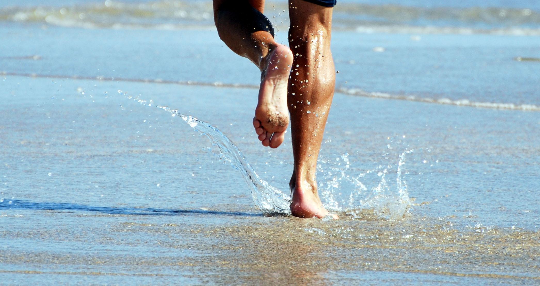 Running-on-beach;-by-sundero.jpeg