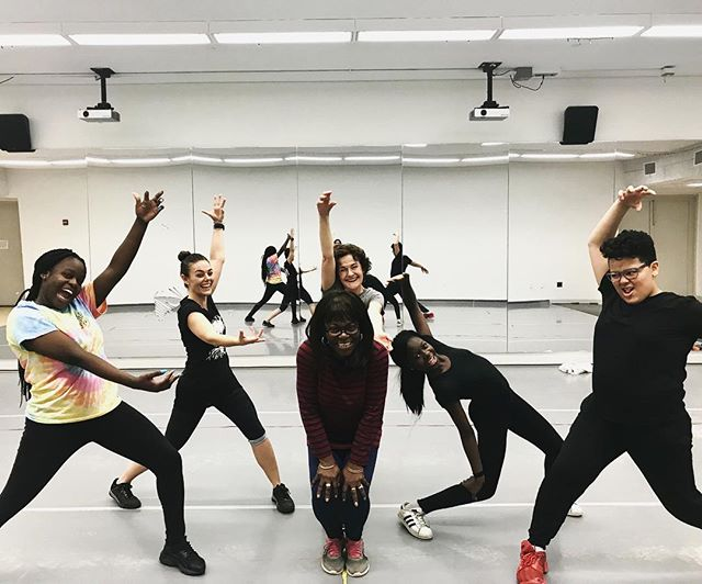 It's your last chance for 2017! - Calling all adventurous adults to come dance with us tomorrow, Tuesday 11.28, at 6:15 pm@nationaldanceinstitute. - Give your body, mind and spirit some rejuvenating exercise. No prior 💃 experience or fancy shoes required. Just you and your sneakers. - Fee: $20 which benefits the students of NDI. Link to reserve your spot in bio 🔝