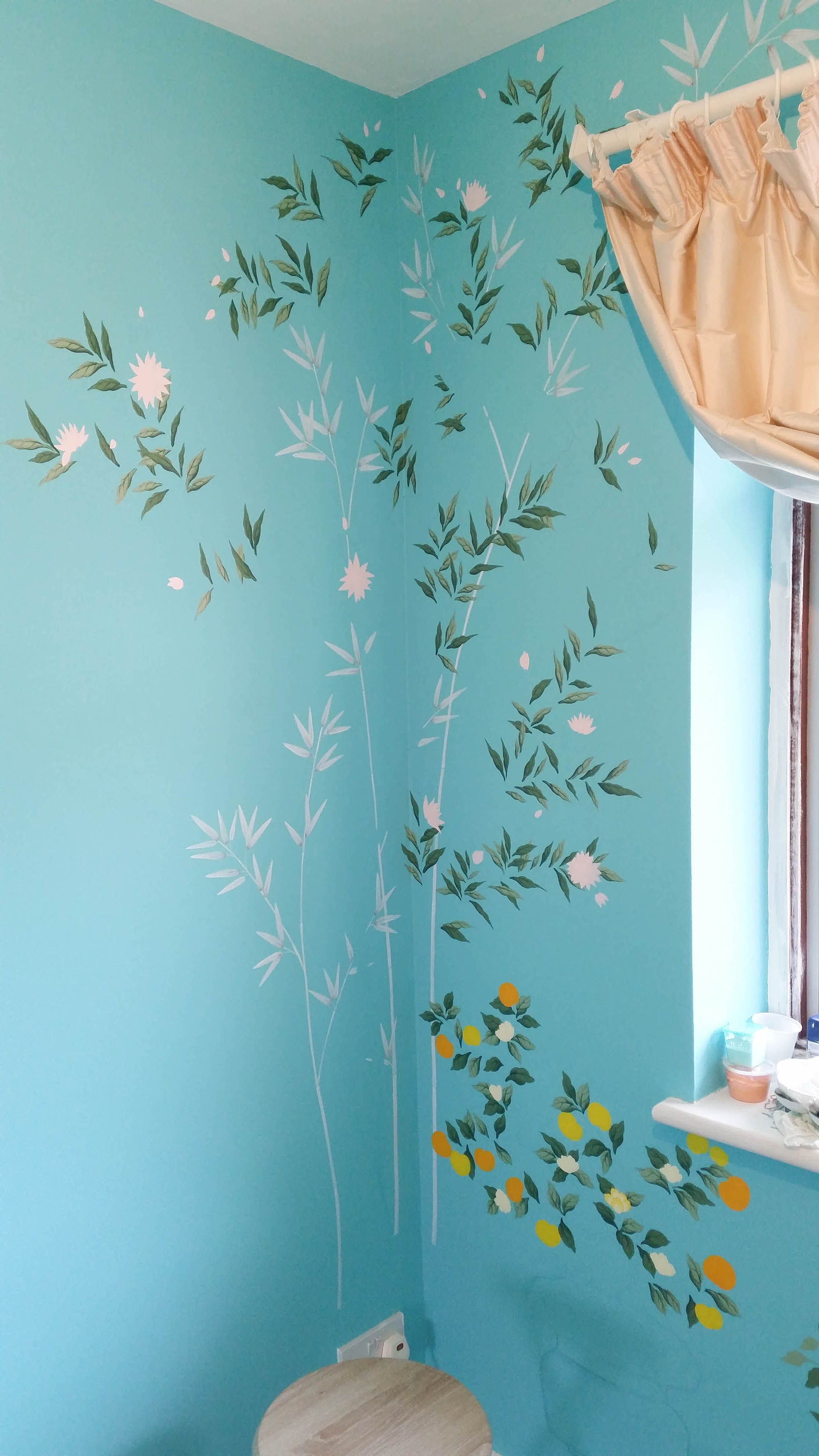 Diane Hill painting leaves chinoiserie design