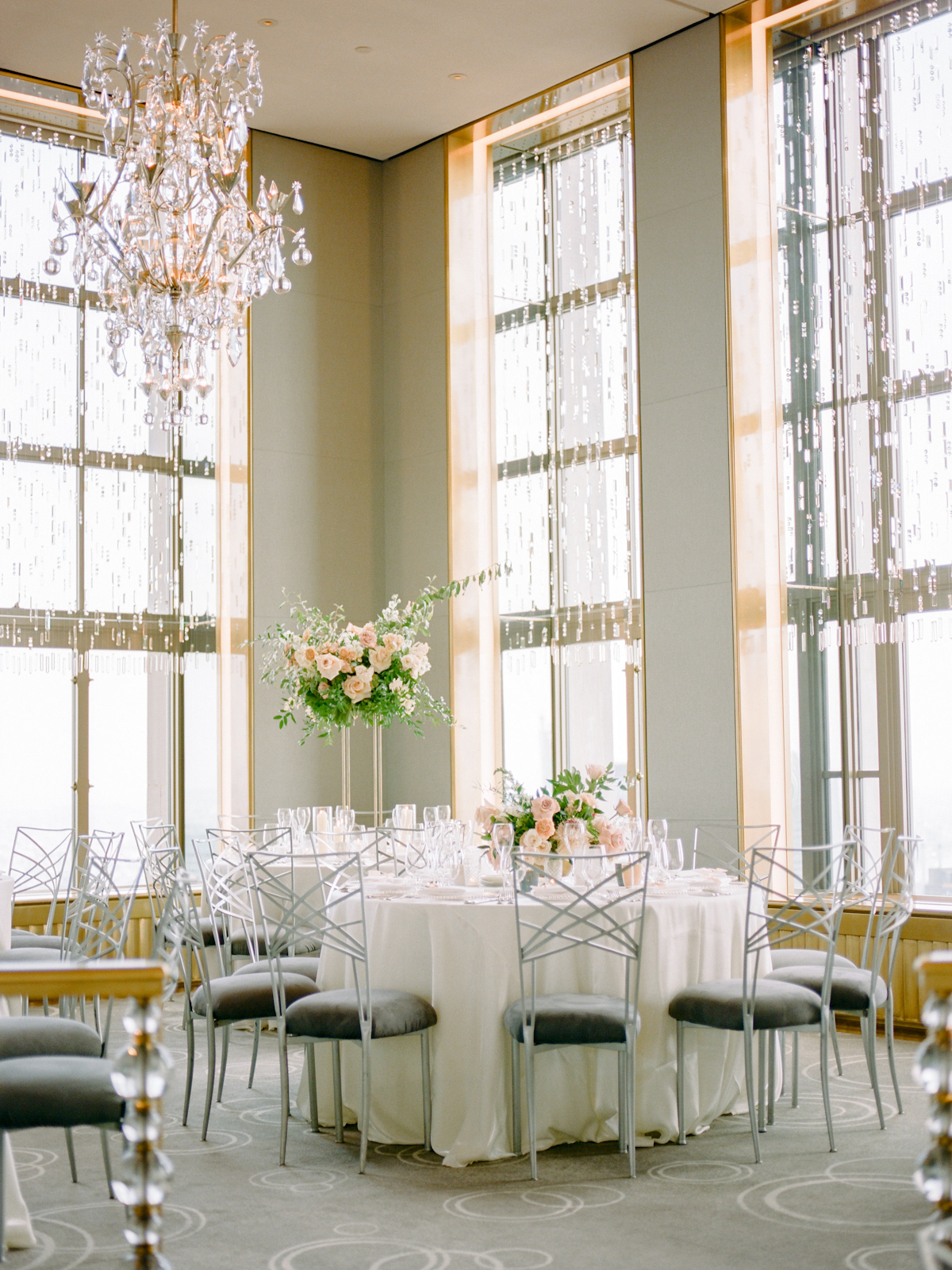 Rainbow Room wedding chandelier and flowers