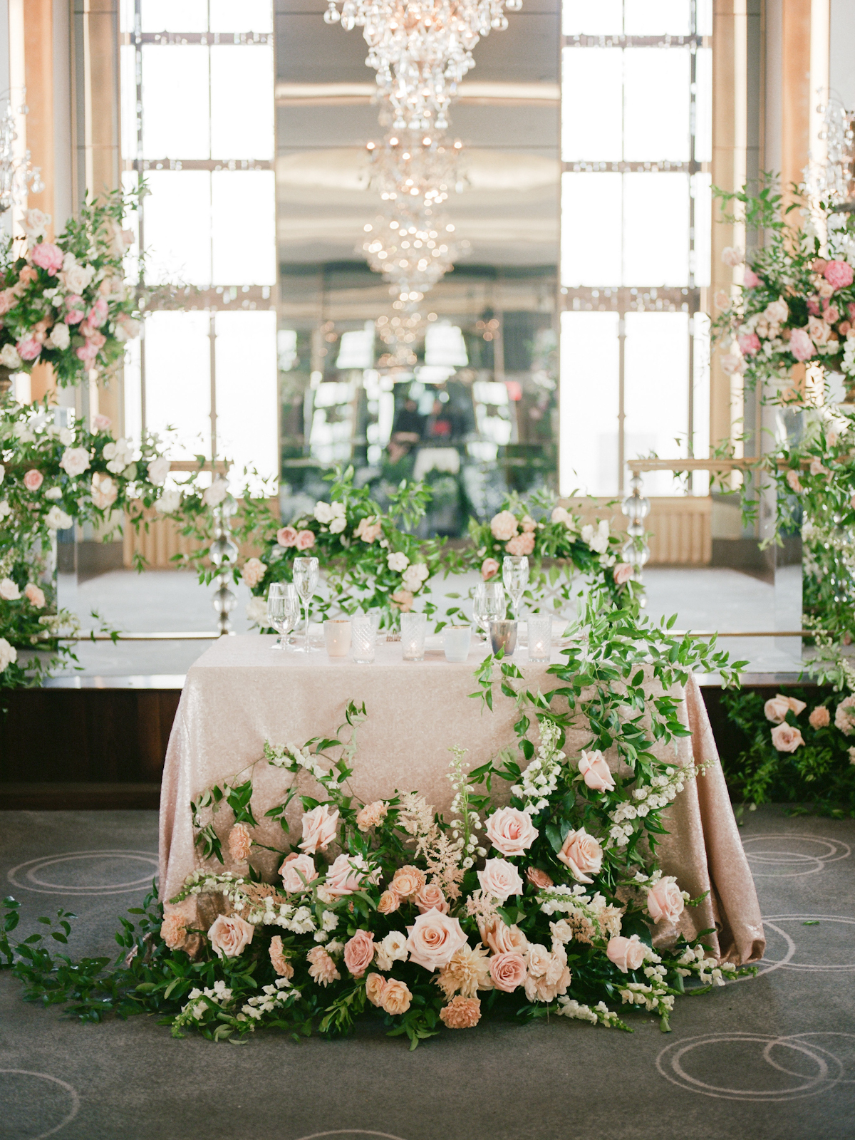 Sweetheart table flowers at Rainbow Room wedding