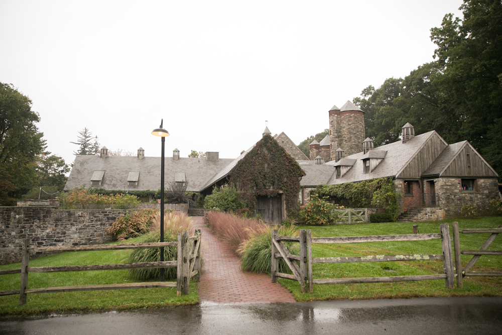 blue-hill-at-stone-barns-wedding-building-architecture.jpg