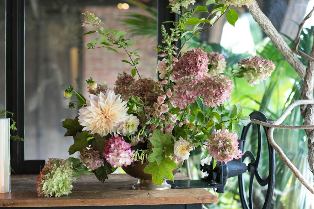 blue-hill-at-stone-barns-wedding-flowers-hydrangea-dahlia.jpg