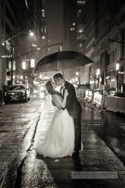 Cipriani 25 Broadway Wedding bride and groom