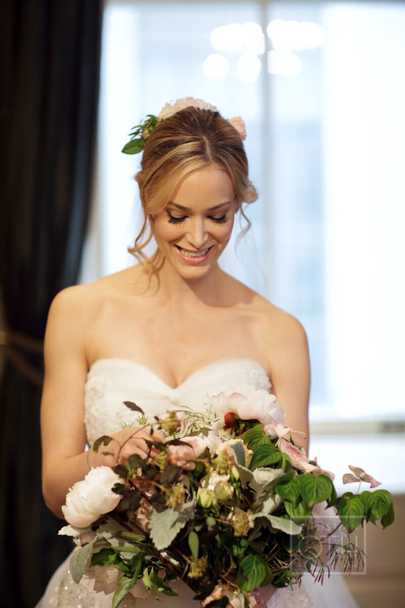Cipriani Wall Street Wedding bride holding bouquet