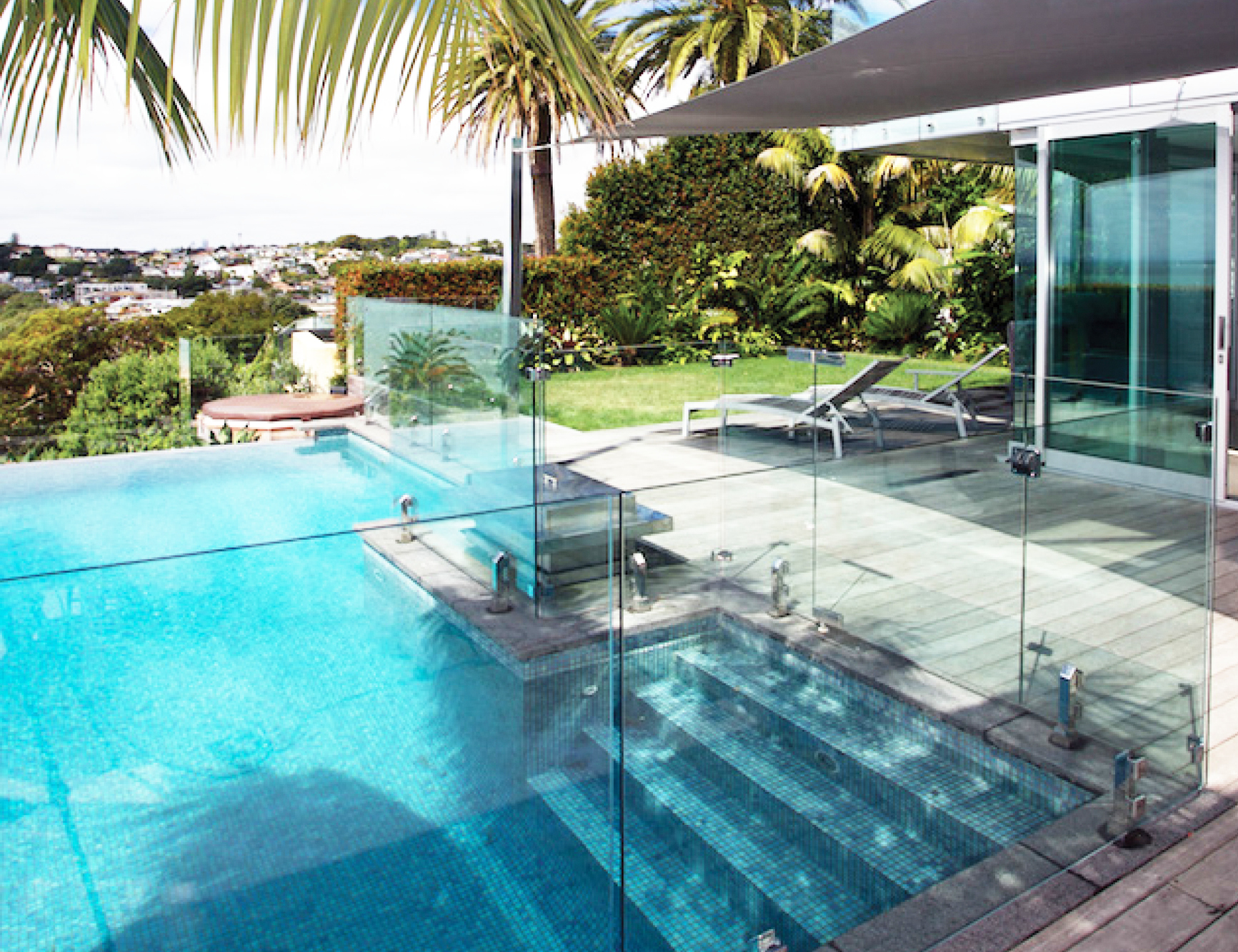melbourne-glass-group-pool-fence2.jpg