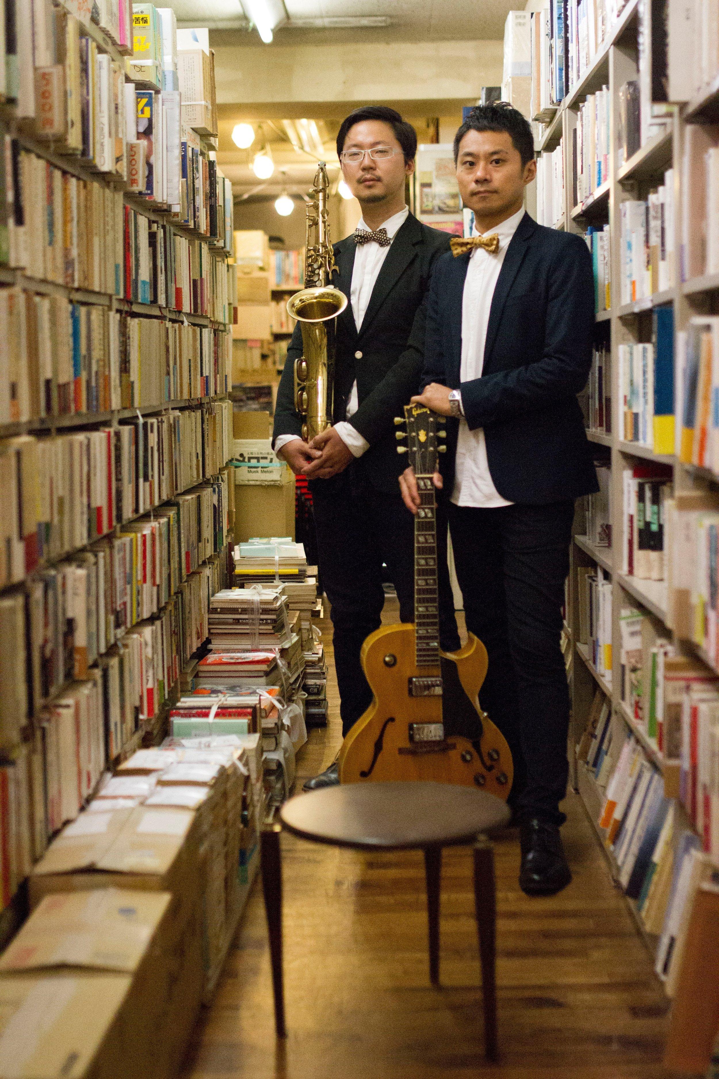 """""""対話TAIWA""""  sax&clarinet渡邊恭一、guitar加治雄太、以上2名による対話。 ホットジャズをテーマに、スイング、デキシーランド、ニューオリンズ、ムード、朗読、フリーインプロヴィゼーション、と大いに語る。"""