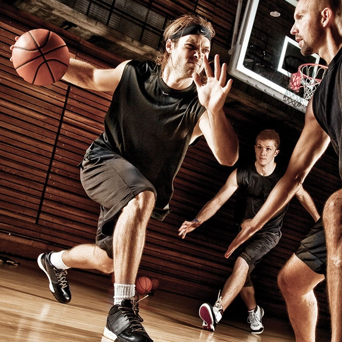 basketball player after sport injury treatment