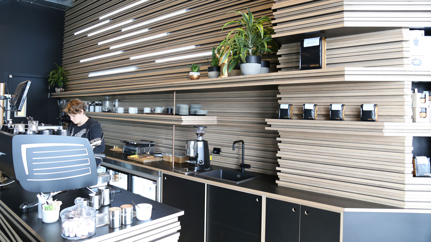 "<p><strong>Atomic</strong>Izzard<a href=""https://www.eboss.co.nz/ebossnow/plytech-futura-hpl-unique-stacked-ply-cabinetry-atomic-cafe""target=""_blank"">More</a></p>"