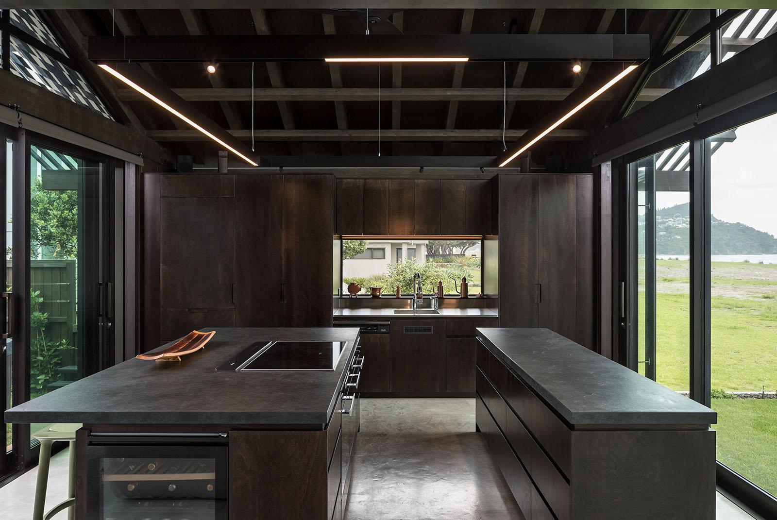 Pauanui Beach House – Peddlethorp