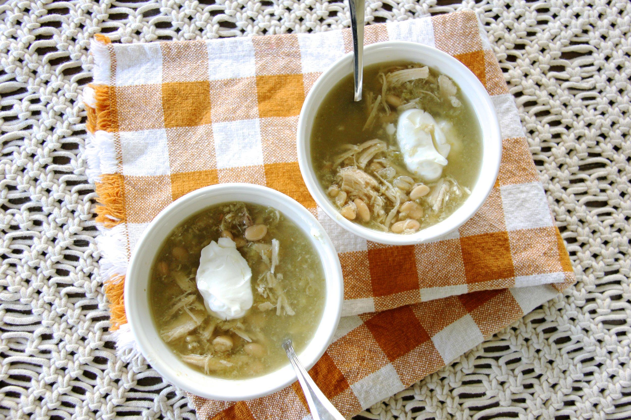 5-Ingredient White Bean Chili Soup