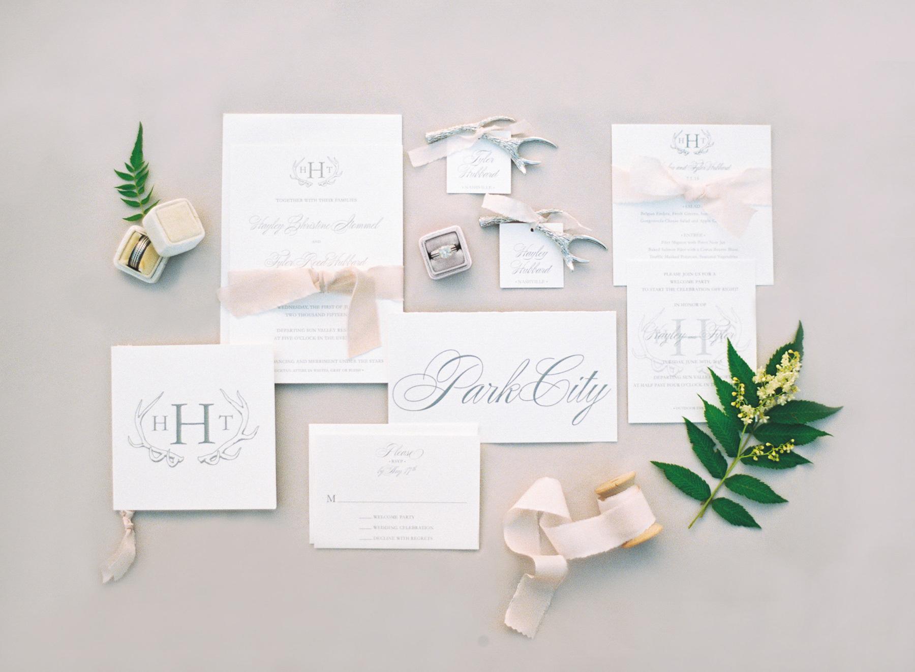 fgl-wedding-03(pp_w1800_h1323).jpg
