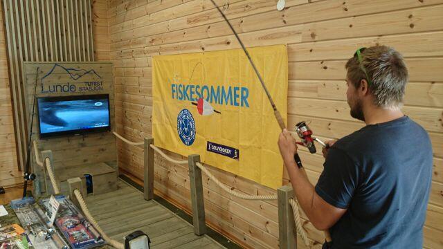 Fiskesimulator storfisk på kroken