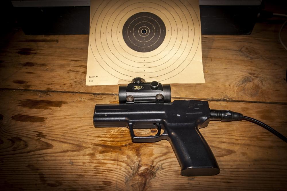 Eko Aims pistol og pistol skive