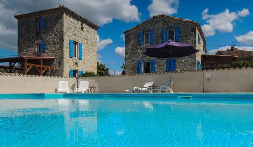 Yoga house swimming pool retreat centre france