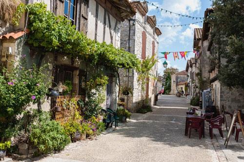 Chene yoga retreat France June 2018