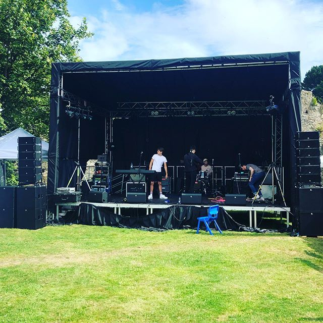 The fabulous Hawke sound checking for what is going to be an awesome day at #summerlandwicklow