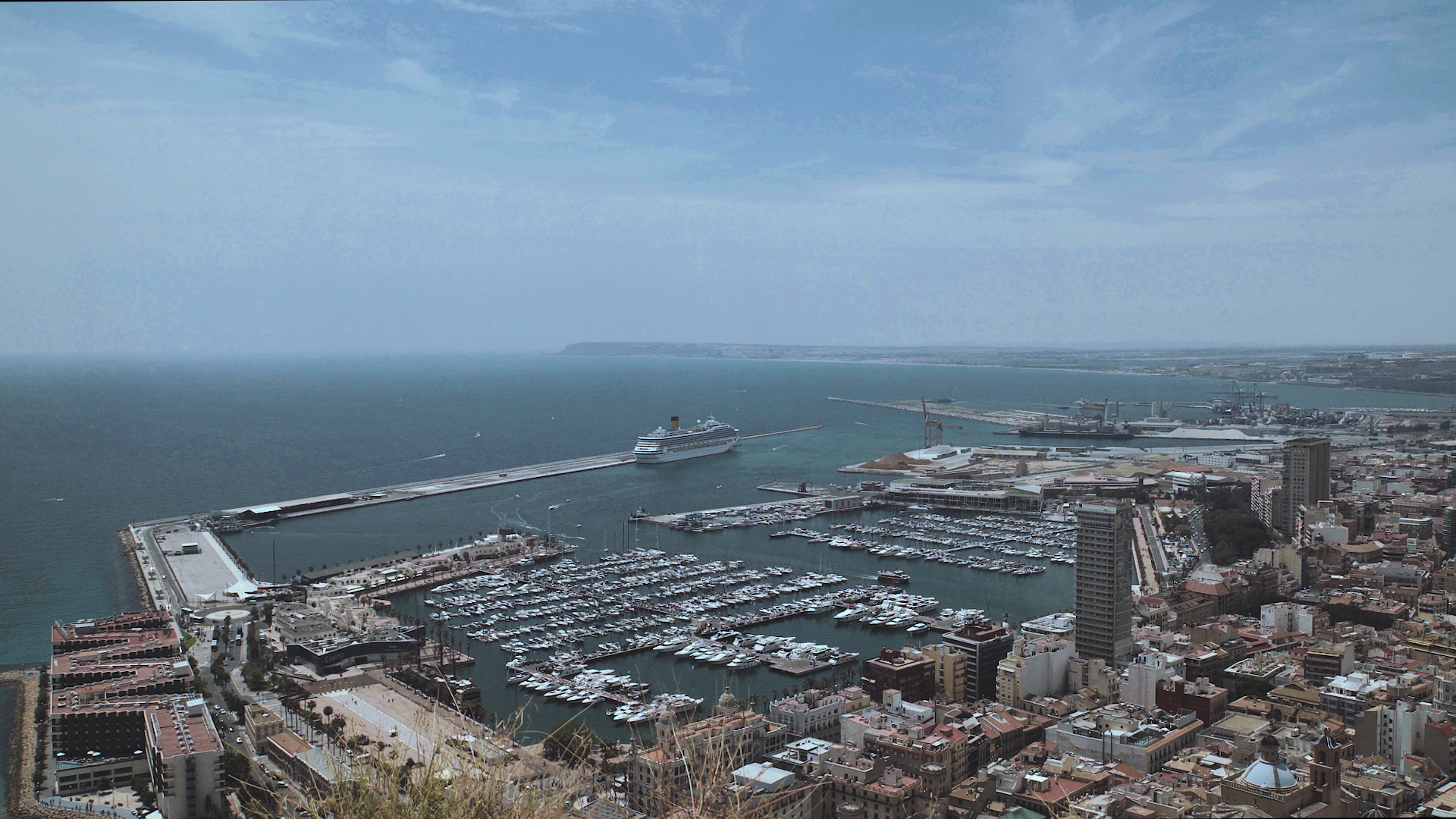 View of the Alicante Marina.