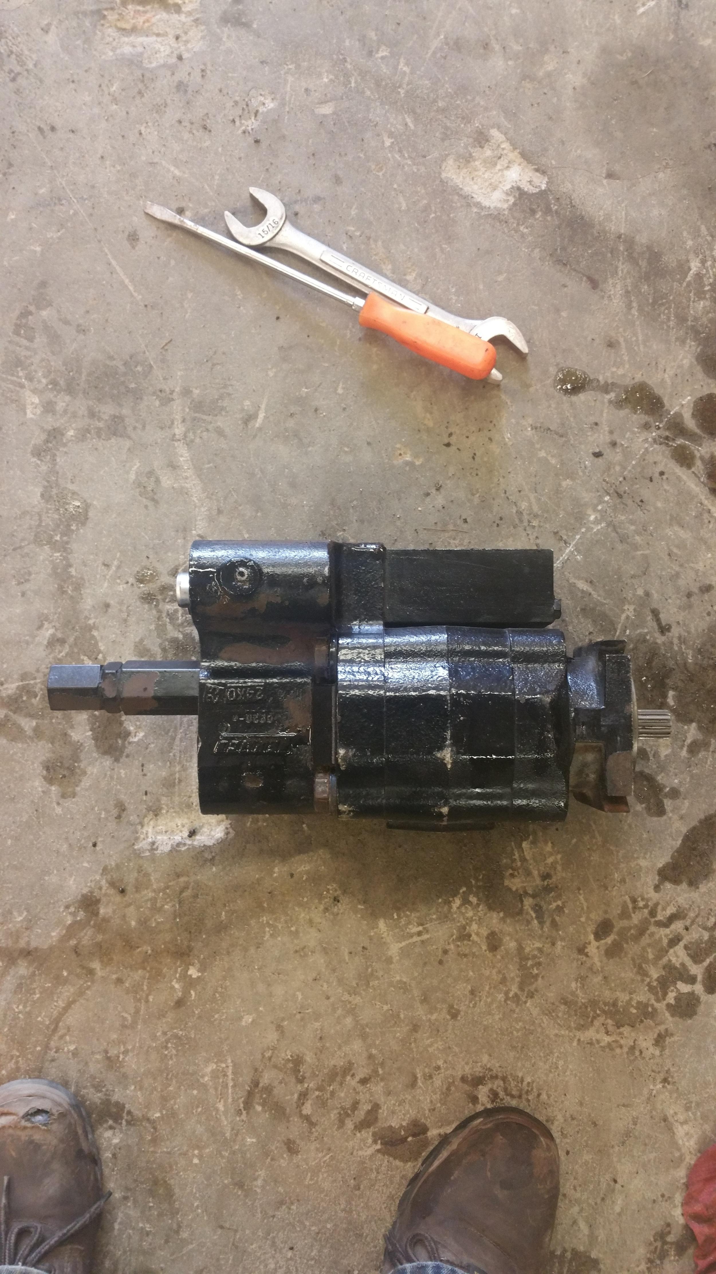 Rebuilt Hydraulic Pump