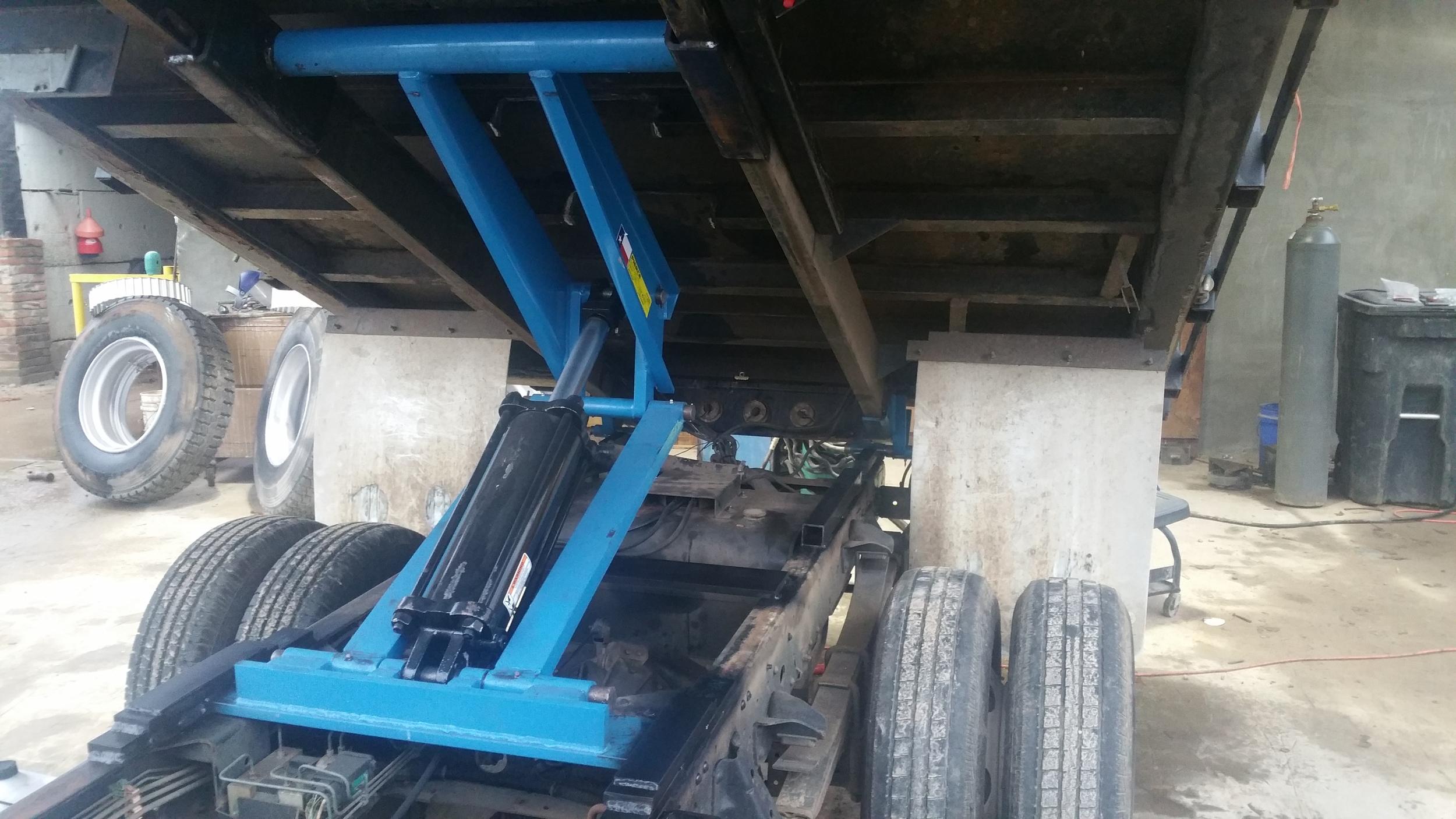 Truck Dump Bed Hoist Service