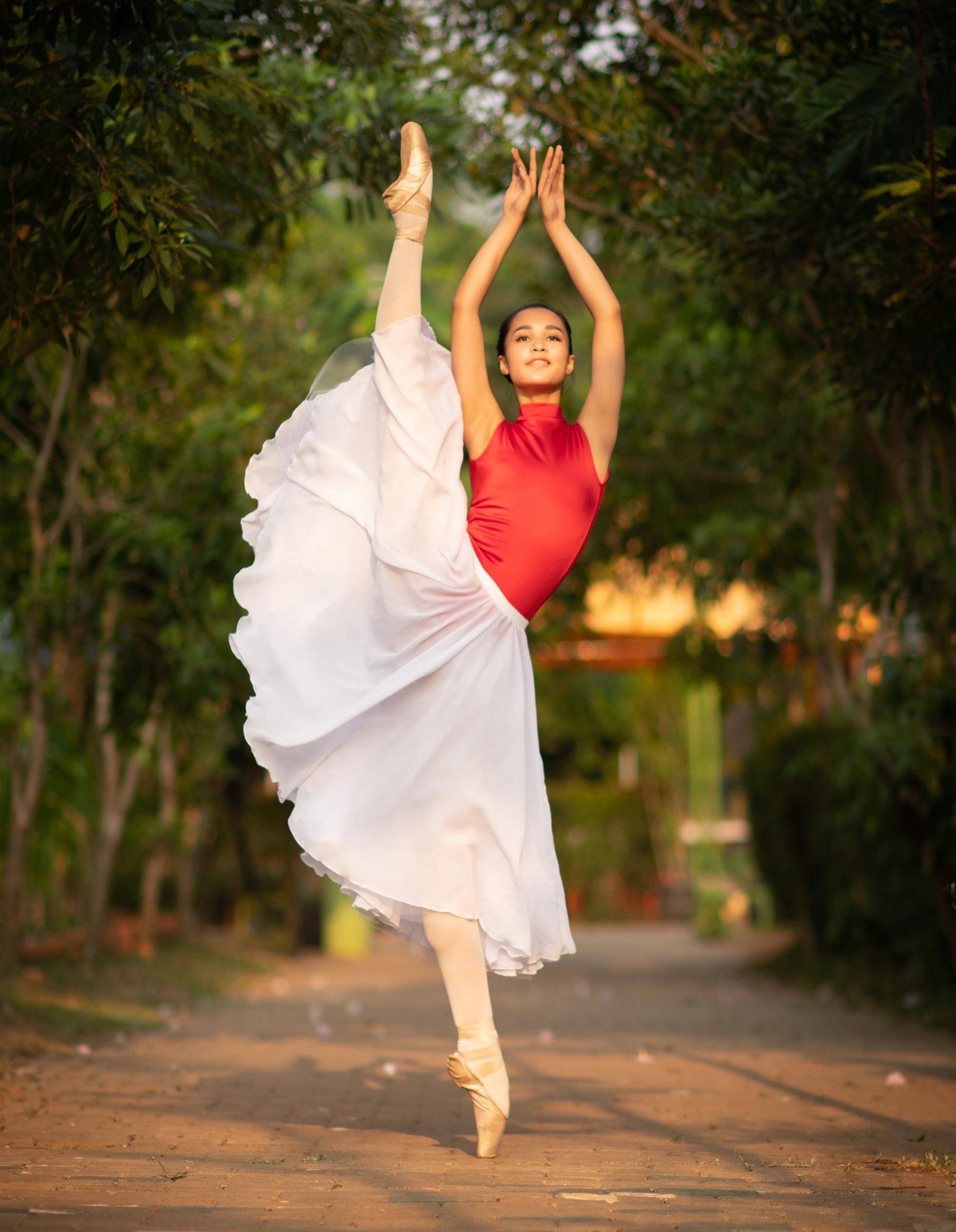 Shalama Qowlam Fadila for Baju Ballet.