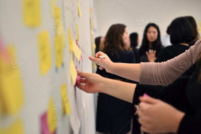 stock-photo-workshop-agile-collaborating-collaboration-brainstorming-post-its-design-thinking-design-workshop-81e4b311-1f9f-44e0-9701-2ec7470ab0f3.jpg