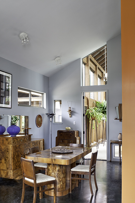 Dining room, Devine Street Residence, San Antonio, Texas, 2009. Photo by Chris Cooper Photography