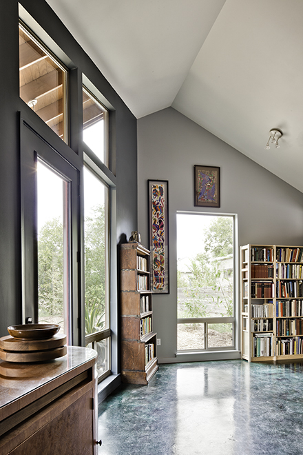 Study/Library, Devine Street Residence, San Antonio, Texas, 2009. Photo by Chris Cooper Photography