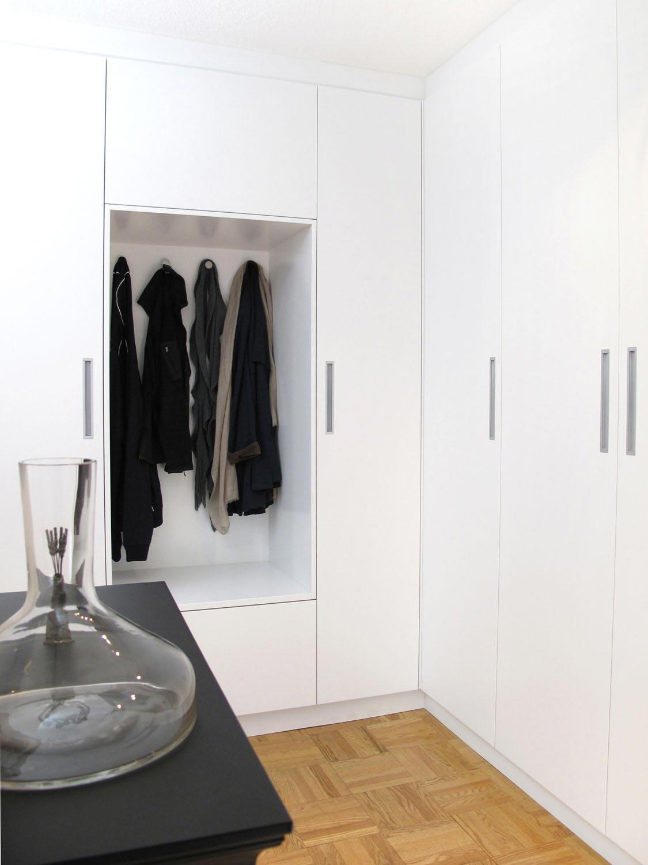 minimalist custom closet.jpg
