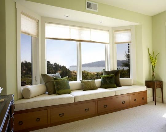 Window bench with a seaside view-Photo by Mahoney Architects & Interiors