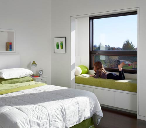 A nook with a window bench- Photo by Boxwood Architects