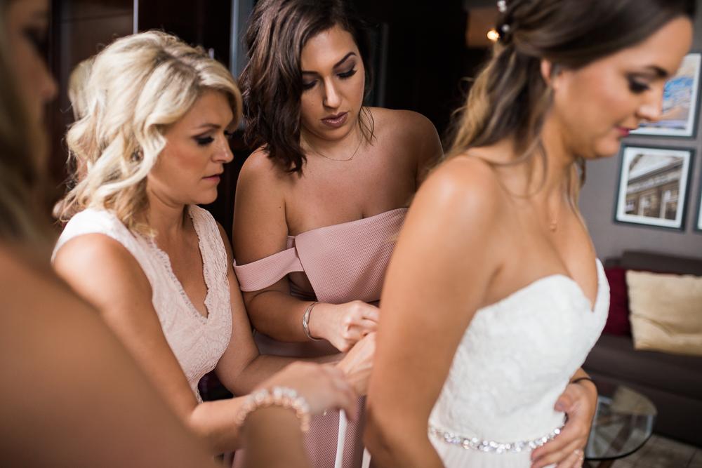 Calgary-Wedding-Photographer-N+S-18.jpg