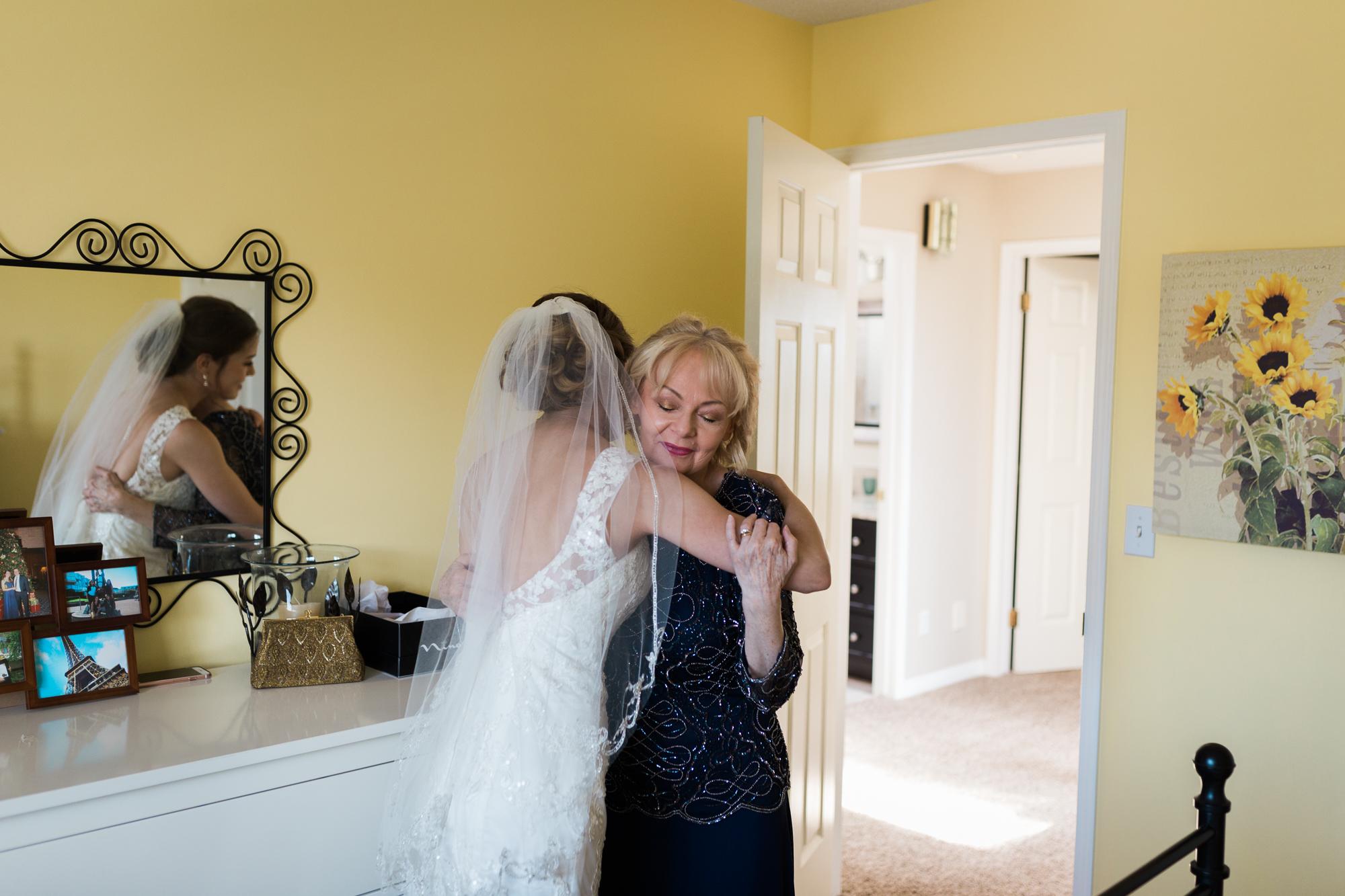 Deanna-Rachel-Photography-calgary-Wedding-photographer-jm-16.jpg