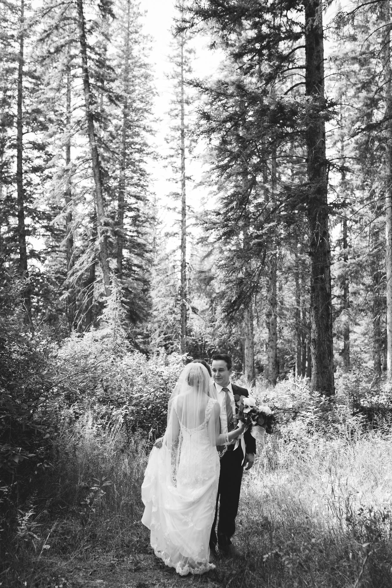 Deanna-Rachel-Photography-calgary-Wedding-photographer-jm-23.jpg