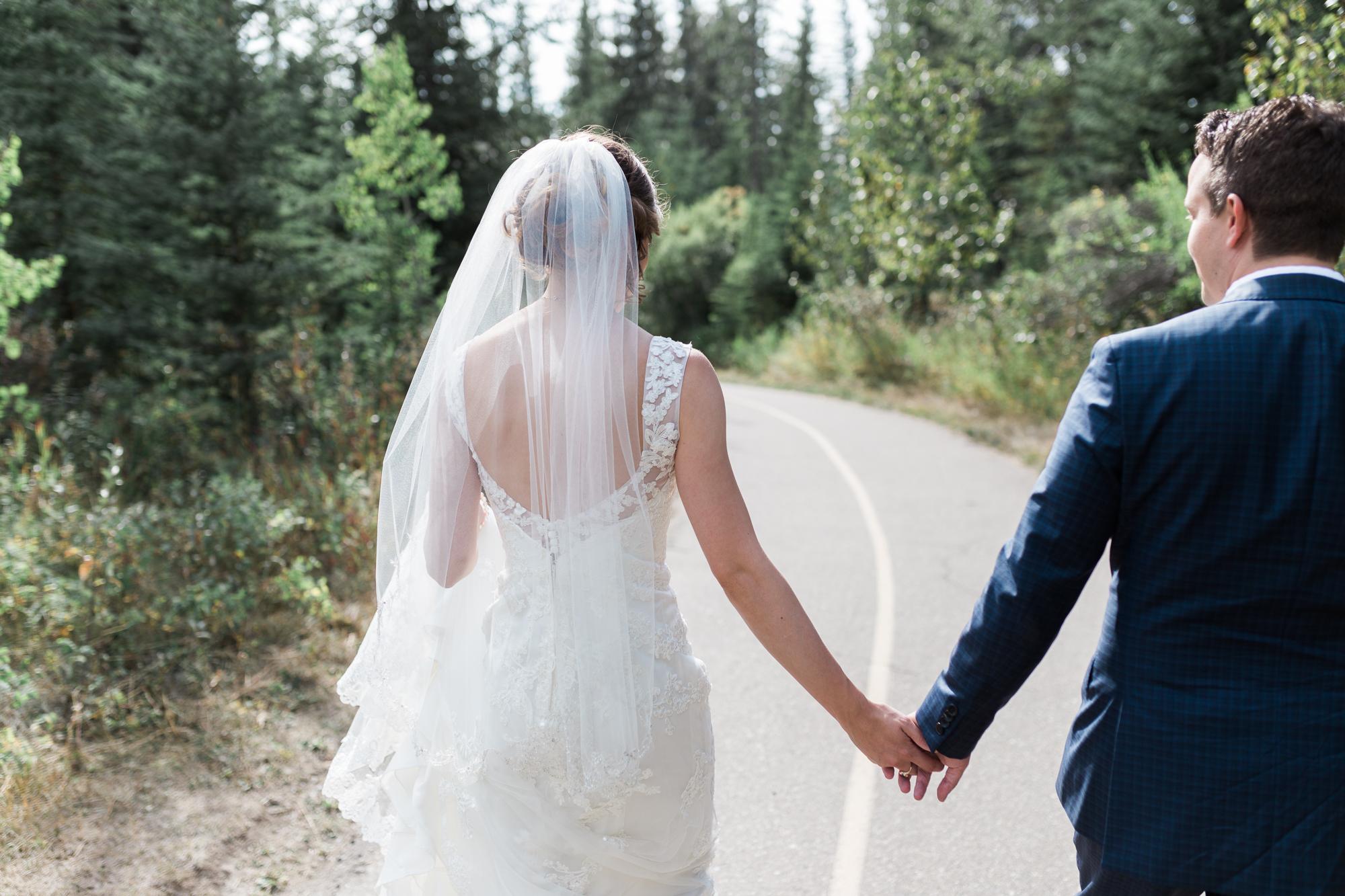 Deanna-Rachel-Photography-calgary-Wedding-photographer-jm-27.jpg