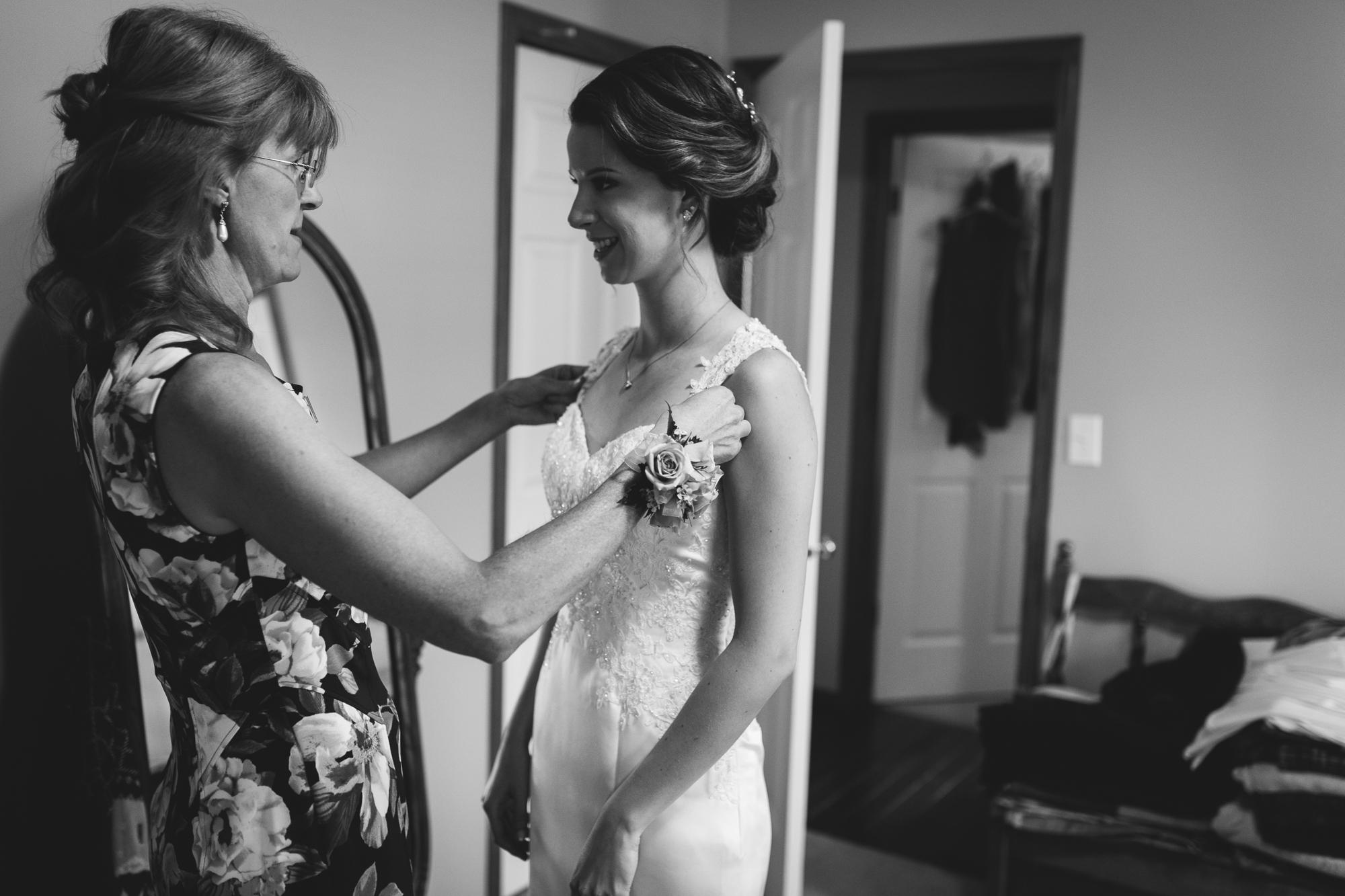 Deanna-Rachel-Photography-calgary-Wedding-photographer-jm-7.jpg