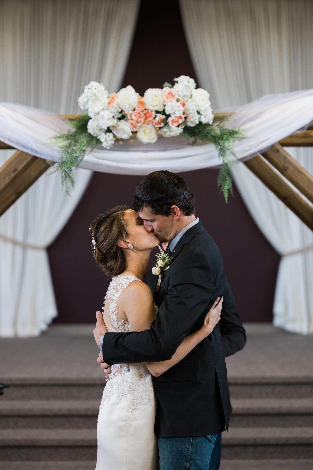 Deanna-Rachel-Photography-calgary-Wedding-photographer-jm-32.jpg