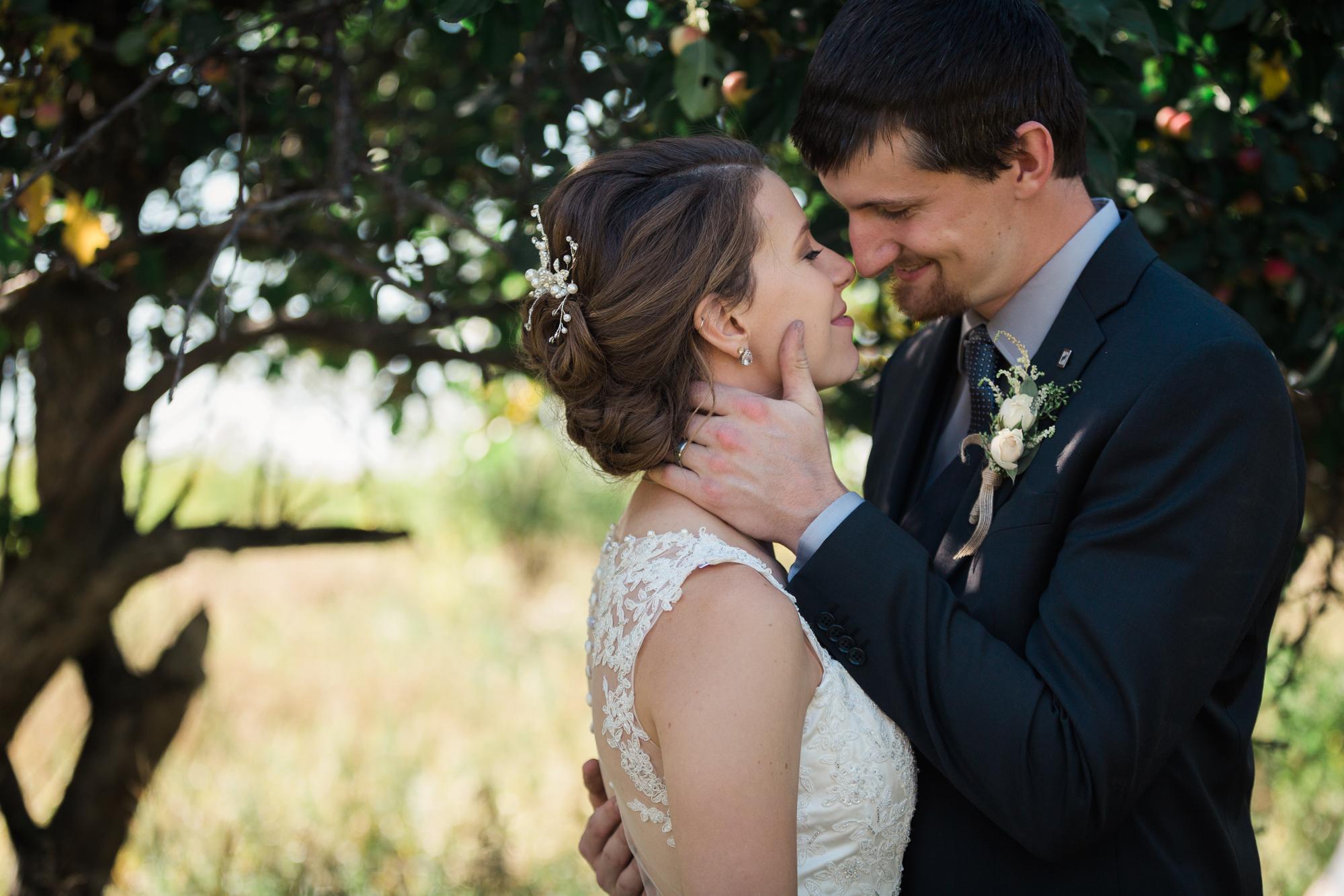 Deanna-Rachel-Photography-calgary-Wedding-photographer-jm-50.jpg