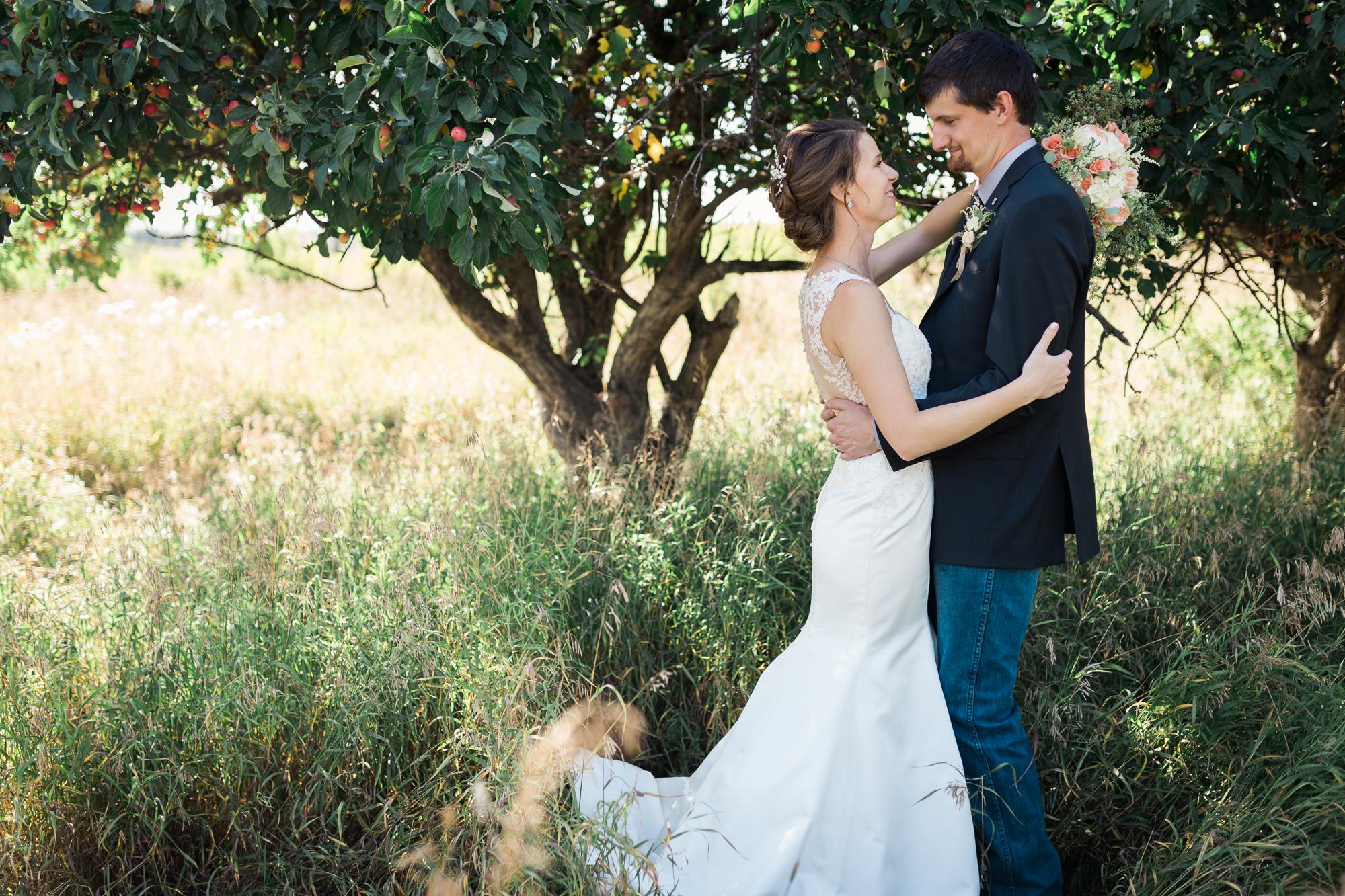 Deanna-Rachel-Photography-calgary-Wedding-photographer-jm-51.jpg