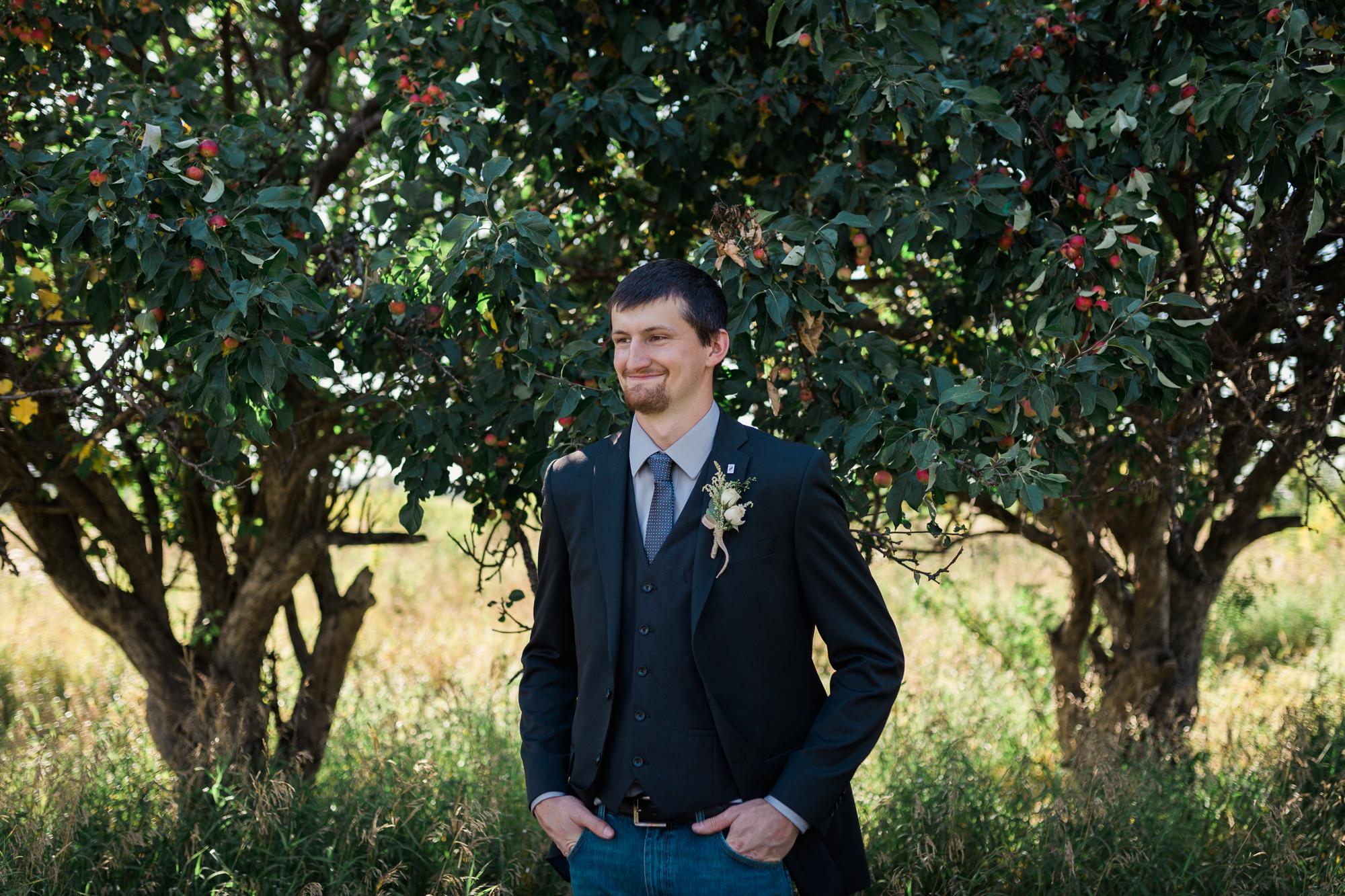 Deanna-Rachel-Photography-calgary-Wedding-photographer-jm-59.jpg