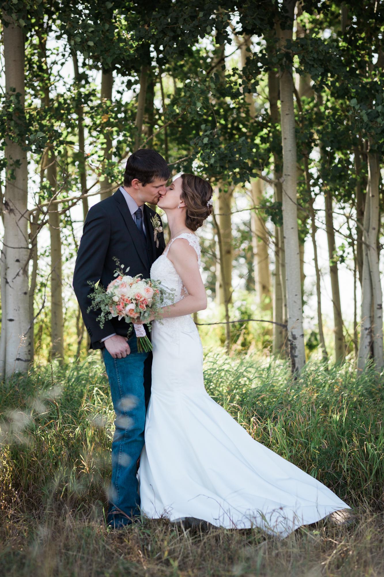 Deanna-Rachel-Photography-calgary-Wedding-photographer-jm-62.jpg