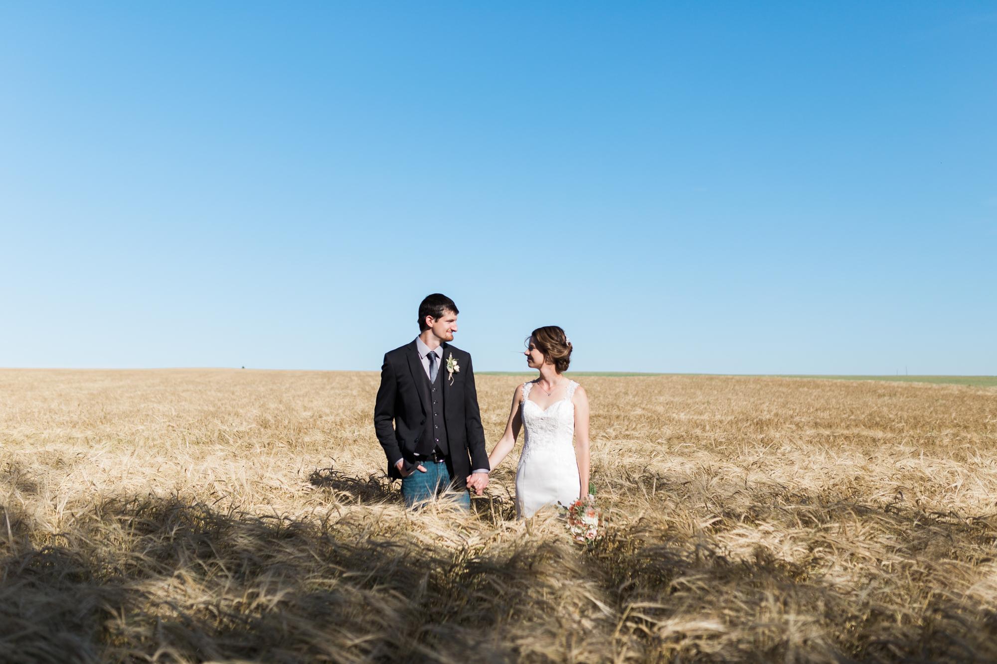 Deanna-Rachel-Photography-calgary-Wedding-photographer-jm-64.jpg