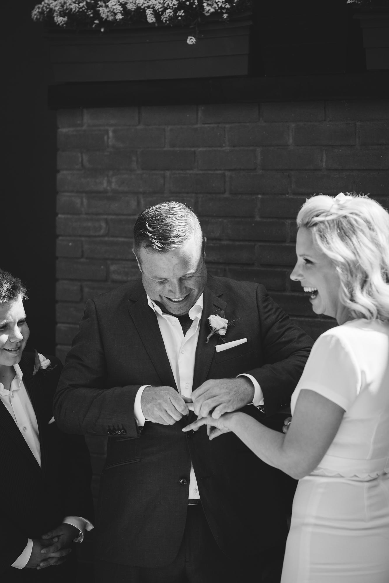 Calgary-wedding-photographer-CG-31.jpg