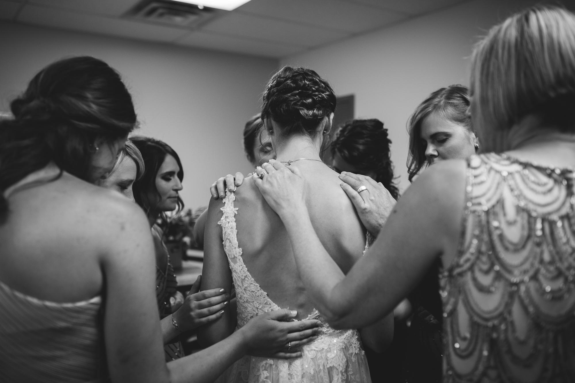 Calgary-wedding-photographer-NN-30.jpg