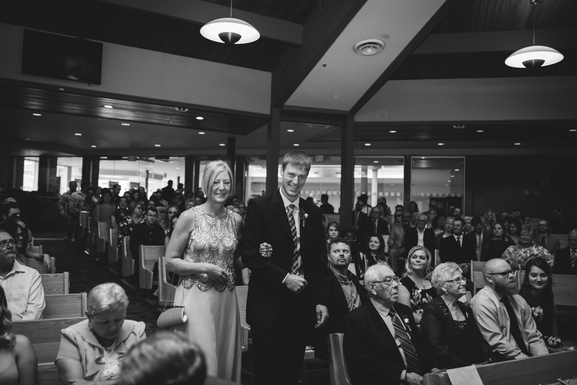 Calgary-wedding-photographer-NN-33.jpg